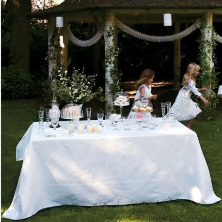 nappe de table blanche ceremonie linge de table haut de gamme. Black Bedroom Furniture Sets. Home Design Ideas