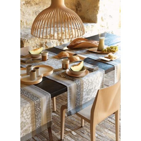 Vis-à-vis / chemin de table Provence Calisson