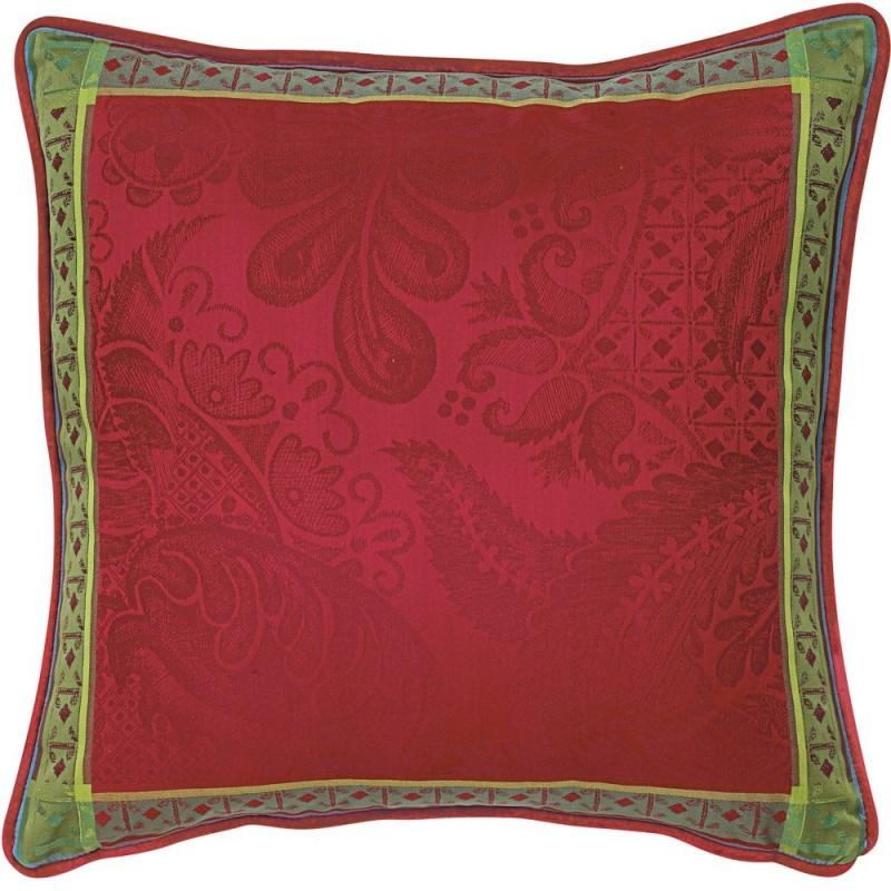 coussin classique d co chic rouge rubis. Black Bedroom Furniture Sets. Home Design Ideas