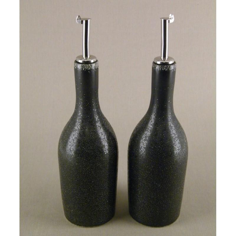 huilier vinaigrier design noir acheter vinaigrier ceramique tourron jars c ramistes. Black Bedroom Furniture Sets. Home Design Ideas