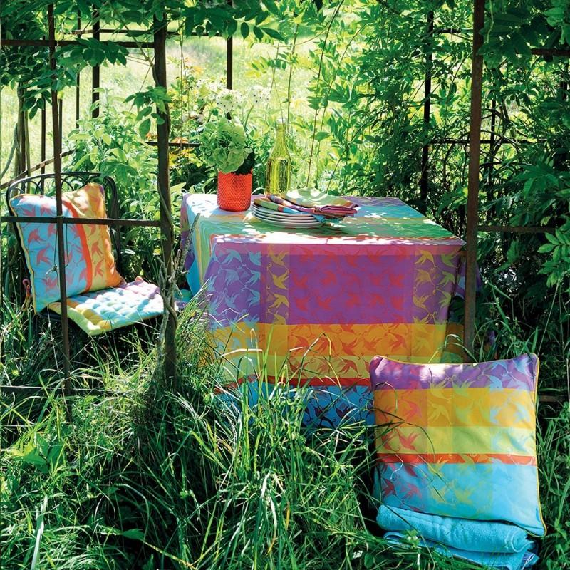 nappe de table fantaisie jardin campagne haut de gamme. Black Bedroom Furniture Sets. Home Design Ideas
