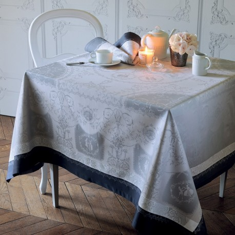 nappe anti tache romantique classique nappes de table haut de gamme. Black Bedroom Furniture Sets. Home Design Ideas