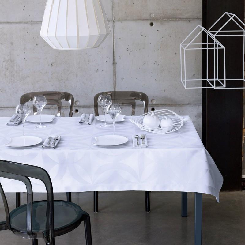 nappes sur mesure. Black Bedroom Furniture Sets. Home Design Ideas