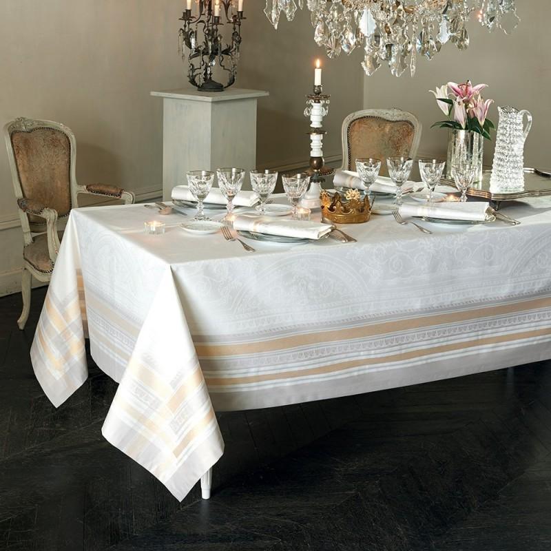 nappe de table reception ceremonie fetes or luxe. Black Bedroom Furniture Sets. Home Design Ideas