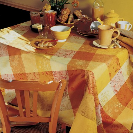 nappe de table jardin chalet montagne jaune nappes haut de gamme. Black Bedroom Furniture Sets. Home Design Ideas