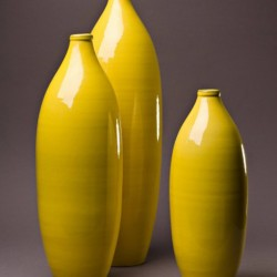 Ensemble Vase bouteille céramique Sud jaune, Bernex
