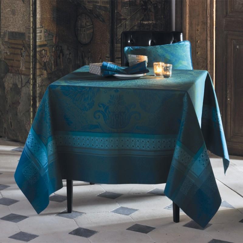 nappe anti tache ceremonie reception nappes de table haut de gamme. Black Bedroom Furniture Sets. Home Design Ideas