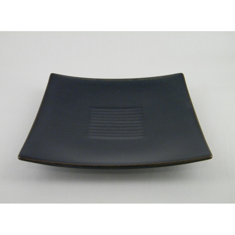 assiette carr e bleu indigo en c ramique design moderne. Black Bedroom Furniture Sets. Home Design Ideas
